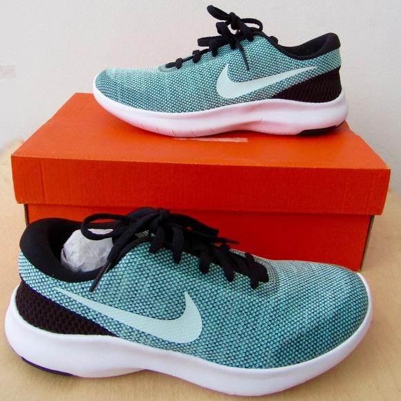 sports shoes 4a1fa a39ac Women s Flex Experience Run 7 Size 6. NWT. Nike